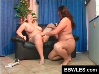 chunky lesbo chicks fill their cunts with their